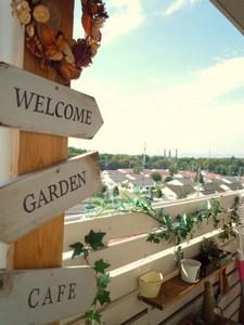 garden 015.JPG